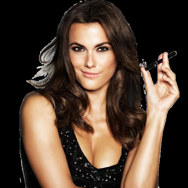 Model mit E-Zigarette