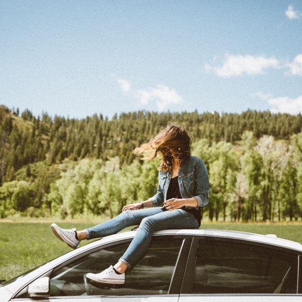 """""""Ich finds toll, dass mein Auto statt nach kaltem Rauch jetzt nach Apfel, Melone oder Pfirsich duftet :-)"""" Agnes S., Solingen"""